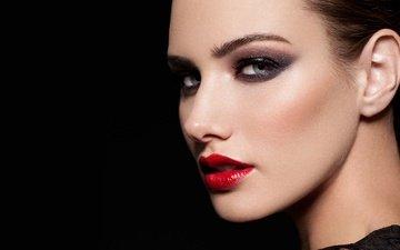 девушка, портрет, модель, черный фон, губы, лицо, макияж, эмили дойл