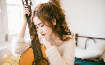 девушка, настроение, гитара, лицо, прическа, азиатка, закрытые глаза