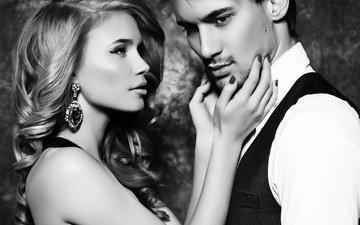 девушка, парень, чёрно-белое, любовь, романтика, двое, локоны, сёрьги