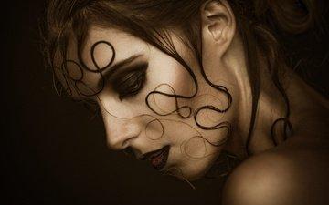 девушка, портрет, взгляд, профиль, волосы, черный фон, губы, лицо, макияж, локоны, души, georg haaser