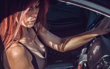 девушка, рыжая, модель, грудь, губы, лицо, автомобиль, маечка, закрытые глаза, за рулем