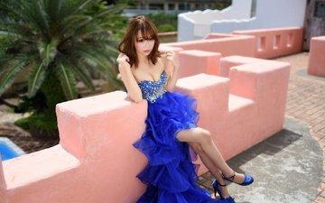 девушка, поза, взгляд, ножки, волосы, лицо, азиатка, декольте, синее платье