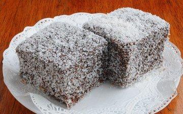 сладкое, тарелка, десерт, пирожное, кокосовая стружка