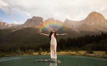 небо, облака, озеро, горы, девушка, радуга, руки, белое платье