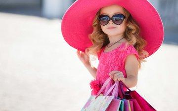 платье, взгляд, очки, девочка, волосы, лицо, ребенок, шляпа, сумки, модница