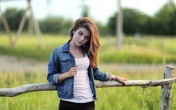 трава, девушка, весна, джинсовка