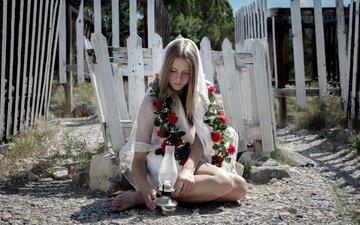 цветы, девушка, лампа, модель, босиком