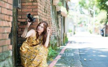 девушка, улица, камера