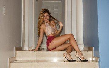 улыбка, девушки, модель, ноги, ножки, шорты, длинные волосы, viani duran