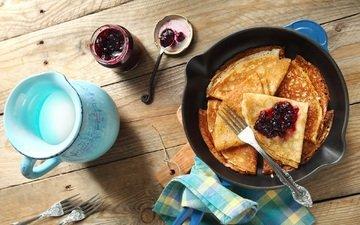 pancakes, jam