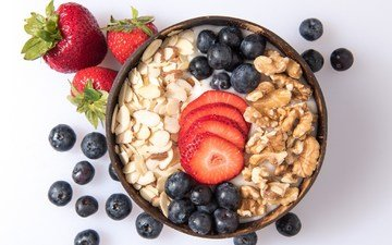 орехи, ягоды, завтрак, йогурт, овсянка