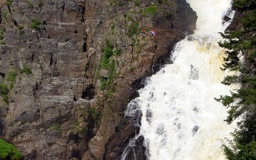горы, скала, водопад, скалолаз, альпинист