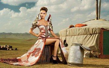 девушка, брюнетка, грудь, ножки, макияж, фигура, ляжки, монгольская девушка