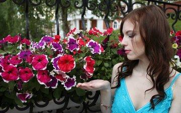 цветы, природа, лето, красота, девушки, модель, профиль, кудри, грудь, лицо, нежность, макияж, украшение, мода, аромат, брюнетки, прически, светлана громова