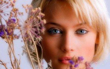 девушка, блондинка, милашка, красивая девушка, крупно, красивые глазки, красивые губки