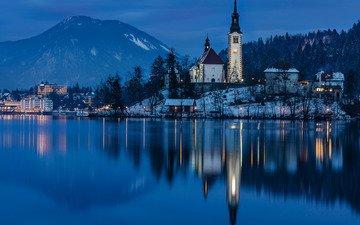 ночь, озеро, горы, отражение, остров, словения, бледское озеро, assumption of mary pilgrimage church, церковь вознесения девы марии, блед, юлийские альпы