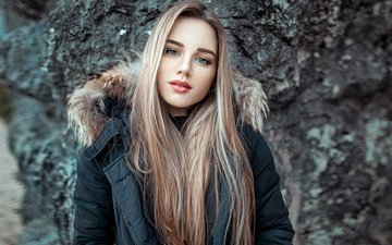 stones, girl, background, blonde, portrait, look, model, makeup, hairstyle, beauty, jacket, bokeh, silvia, john noe