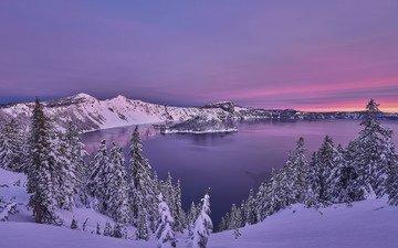деревья, озеро, горы, снег, закат, зима, ели, орегон, crater lake national park, озеро крейтер