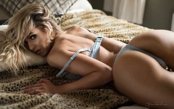 girl, pose, look, ass, hair, bed, lingerie