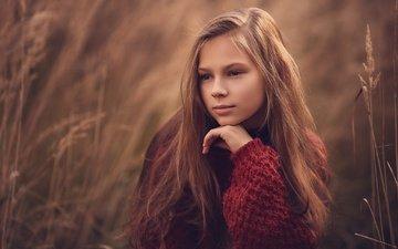 трава, природа, настроение, поза, взгляд, девочка, свитер, подросток