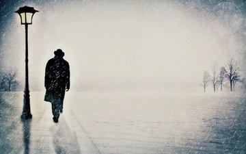 снег, фонарь, мужчина, фонарный столб, идёт