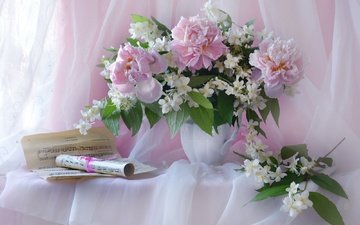 notes, bouquet, peonies, jasmine
