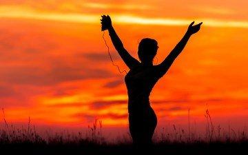 закат, девушка, музыка, танец