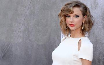глаза, девушка, блондинка, певица, сёрьги, белое платье, тейлор свифт