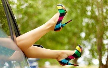стиль, девушка, разноцветные, авто, ножки, туфли, высокие каблуки