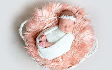 спит, девочка, мех, корзинка, малышка