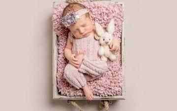 спит, девочка, игрушка, мех, малышка