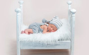 спит, мальчик, малыш, младенец, шапочка, кроватка