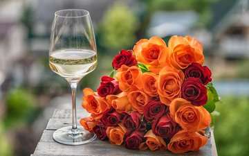 цветы, розы, бокал, букет, вино, larisa voyageur