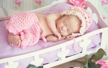 дети, спит, девочка, ребенок, младенец, шапочка, кроватка, штанишки