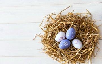 пасха, солома, гнездо, яйца крашеные