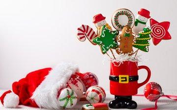 новый год, шарики, игрушки, рождество, печенье, колпак, композиция, пряники, угощения