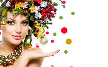 новый год, шары, украшения, девушка, улыбка, ветки, ягоды, праздник, рождество