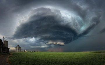 дорога, тучи, поле, колосья, воронка, амбар, ураган, торнадо