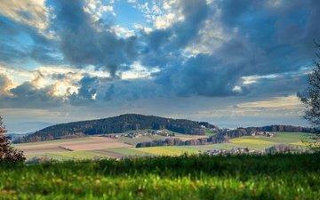 небо, облака, холмы, зелень, лес, тучи, поля, поле, осень, деревня, луг, даль, дымка, синева, село, простор
