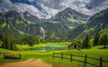 облака, озеро, горы, природа, лес, пейзаж, деревня, швейцария, забор, леса, сарай, альпы, луга, изгородь, гштад, bernese alps, бернские альпы