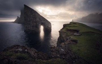 скалы, берег, море, туман, человек, арка
