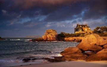 свет, камни, берег, море, дом, валуны